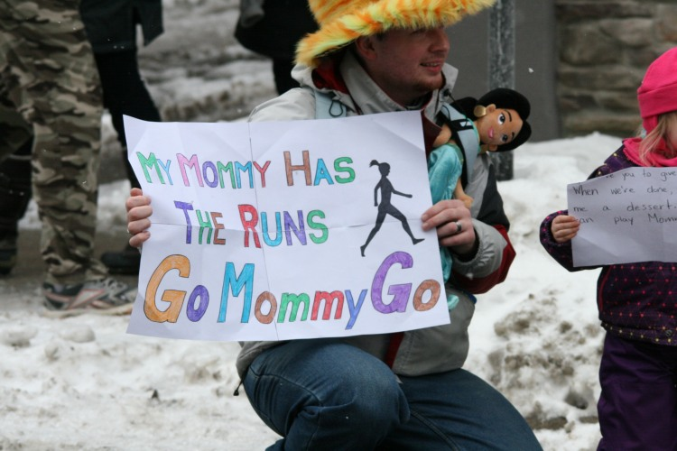 Spectator support at half chilli marathon in Burlington, ON