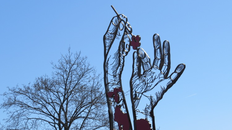 Hand Sculpture at Royal Botanical Gardens in Burlington, ON