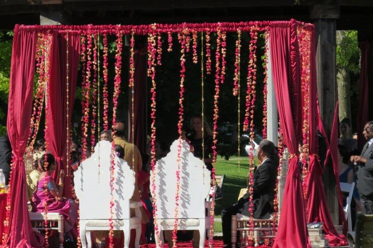 Ooooh, a wedding!